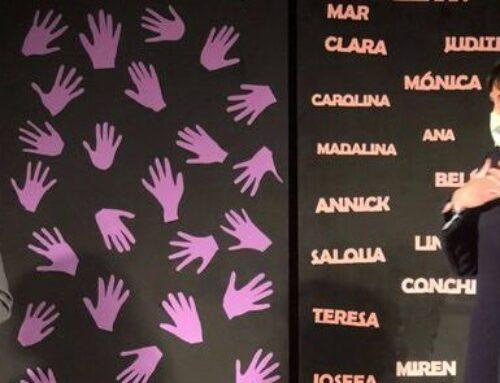 """EL GRUPO DE TEATRO  ELL@S CONTRA LA VIOLENCIA DE GÉNERO: """"MUJERES QUE CAMINAN"""":"""